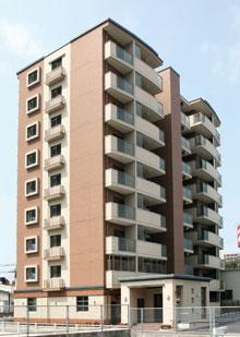 今まで建てた4棟のマンションは入居率97%、建物の質・管理ともに安心してお任せしています。(from第295号)